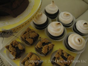 Beehive Dessert Table 3