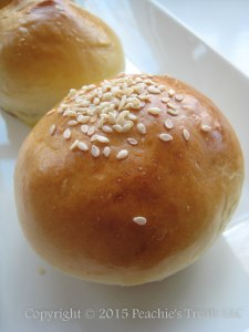 Kaiser Roll Sesame Seeds