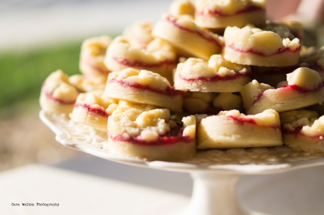 raspberry-shortbread-rounds